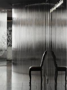 Walls of glass and chrome corrugated iron, Vue de Monde restaurant, Melbourne Australian Interior Design, Interior Design Awards, Function Room, Sparkling Lights, Corrugated Metal, Glass Texture, Faceted Glass, Interior Walls, Restaurant Design