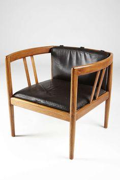 Illum Wikkelso; Teak and Leather Lounge Chair for Holger Christiansen, 1960s.