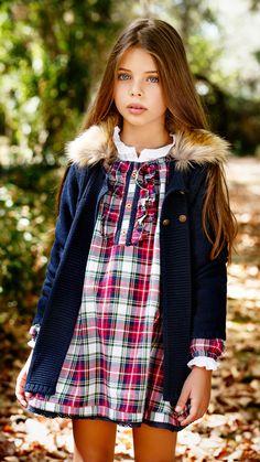 Fashion Kids, Little Girl Fashion, Cute Outfits For Kids, Cute Kids, Little Dresses, Girls Dresses, Cute Young Girl, Moda Chic, Stylish Kids