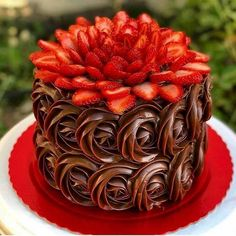 All Time Easy Cake : Called chocolate and strawberry flower! Pretty Cakes, Beautiful Cakes, Amazing Cakes, Food Cakes, Cupcake Cakes, Dessert Cake Recipes, Cake Decorating Techniques, Fancy Cakes, Creative Cakes