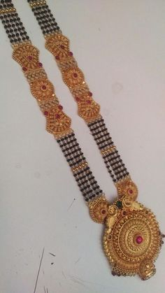 One Gram Gold Jewellery Gold Mangalsutra Designs, Gold Earrings Designs, Gold Jewellery Design, How To Make Necklaces, Jewelry Patterns, Beaded Jewelry, Gold Jewelry, Gold Pendent, Jewels