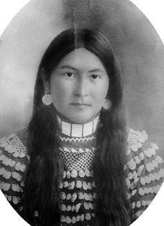 andwomenworebloomers:Unknown Woman c. Late 1800's Shoshone-Bannock Fort Hall, ID