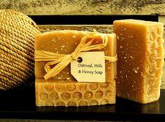 Handmade Soap Recipes, Handmade Soaps, Homemade Soap Bars, Homemade Body Care, Soap Packing, Honey Packaging, Honey Soap, Goat Milk Soap, Home Made Soap