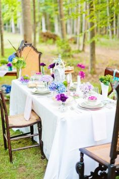 alice in wonderland tea party wedding inspiration tablescape 275x412 Inspiration: Wonderland Tea Party
