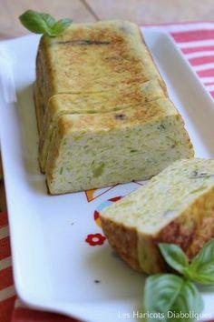 Pain de courgettes (3) No Salt Recipes, Veggie Recipes, Vegetarian Recipes, Cooking Recipes, Healthy Recipes, Buffet, Zucchini Bread, Finger Foods, Love Food
