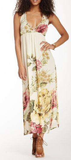 Floral Maxi Dress ==