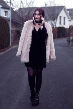Selina Faux Fur Coat #2 | Picture taken with self timer for one of my outfit posts | Moonlight Bohemian Outfit Posts, My Outfit, Ig Post, Moonlight, Faux Fur, Fur Coat, Fashion Photography, Bohemian, Outfits