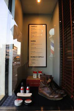 Tadpole_Interior_hair_studio_look_design_parrucchiere_acconciatore_parrucchiera_360_arredo_arredamento_padova_rockabilly_barber chair_vintage_detail_barber_barber