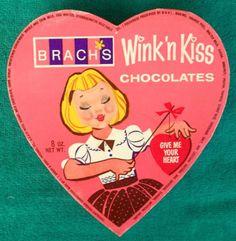 Rare-Vintage-Brach-039-s-Wink-039-n-Kiss-Lenticular-Valentine-039-s-Day-Heart-Chocolate-Box