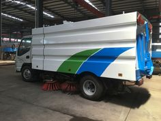 JAC 4*2 road clean truck