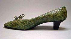Shoes, lizard, Roger Vivier designer for House of Dior, French, 1961 Ringo Starr, Mode Vintage, Vintage Shoes, Vintage Dior, Christian Dior, Coco Chanel Mademoiselle, Roger Vivier Shoes, Snake Skin Shoes, Old Shoes