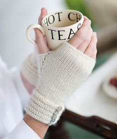 Welted Fingerless Gloves Pattern