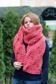 Winterschals Grobstrick Schal Schal Chunky Knit Schal | Etsy Chunky Knitting Patterns, Knitting Designs, Knitting Projects, Chunky Knit Scarves, Knitted Shawls, Winter Scarves, Super Chunky Yarn, Big Knits, Beanie