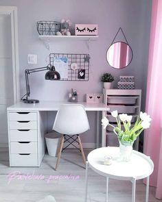 Cute Bedroom Decor, Room Design Bedroom, Room Ideas Bedroom, Home Room Design, Bedroom Desk, Study Room Decor, Teen Room Decor, Home Office Decor, Teen Study Room