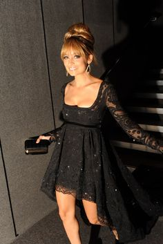 We have renamed Nicole Richie, Nicole 'Glam' Richie at the FiFi Awards. Always looking gorgeous. #loledeux