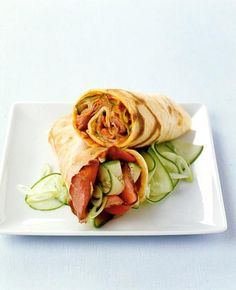 Wraps und Co. Falafel Wrap, Sandwiches, Spaghetti, Food And Drink, Cooking Recipes, Bread, Snacks, Ethnic Recipes, Dip