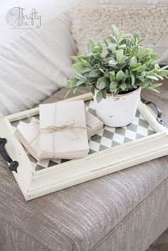 13 Ways to Repurpose Old Picture Frames,Ideas on how to repurpose old picture frames. Ways to reuse old picture frames. Frames are de. Ikea Frames, Old Frames, Frames Ideas, Vintage Picture Frames, Picture On Wood, Picture Frame Projects, Pink Wall Art, Diy Frame, Frame Tray
