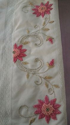 Zardozi Embroidery, Embroidery On Kurtis, Hand Embroidery Videos, Bead Embroidery Patterns, Hand Embroidery Flowers, Hand Work Embroidery, Flower Embroidery Designs, Simple Embroidery, Learn Embroidery