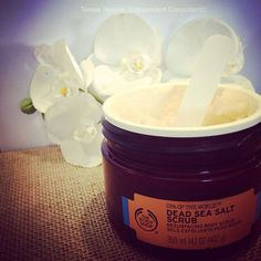 BEAUTIFUL Dead Sea Salt Scrub. I like a good coarse scrub and this is my go to product for my once a week body scrub! My skin is always left feeling so clean and smooth after using the Dead Sea scrub. One of my biggest sellers and the fact it comes in this beautiful big tub is a bonus #spaoftheworld #deadseasaltscrub #resurfacing #coarsescrub #thebodyshopathomeaust #thebodyshopathomeau #consultant #lovemybiz Dead Sea Salt Scrub, Sea Salt Scrubs, Big Tub, The Body Shop, Body Scrub, Bath And Body, Leadership, Beauty Products, Smooth