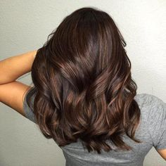 Nothing will cure your winter blues quite like a new hair color. These hair colors are perfect for winter and we are obsessed with these trendy colors! The Hair Colors We Are Obsessed With For Winter 2019 haircare haircolor 541487555200783368 Brown Hair With Blonde Highlights, Hair Highlights, Blonde Ends, Peekaboo Highlights, Purple Highlights, Ash Blonde, New Hair Colors, Brown Hair Colors, Winter Hair Colors
