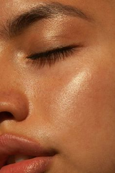 How does stress cause acne? Top dermatologists weigh in – hair and make-up … Wie verursacht Stress Akne? Top-Dermatologen wiegen sich ein – Hair and Make-Up … How does stress cause acne? Top dermatologists weigh in – hair and make-up … Beauty Care, Beauty Skin, Beauty Makeup, Hair Beauty, Makeup Glowy, Beauty Room, Hair Makeup, Glam Makeup, Makeup Eyes