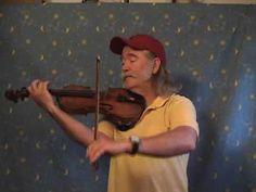 "Ryan Thomson fiddles ""Mairi's Wedding,"" a celtic scottish tune - YouTube"