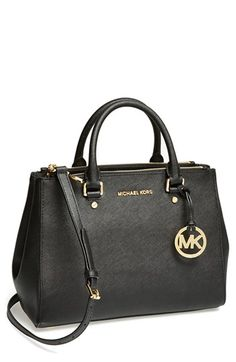 simple and sleek Michael Kors leather tote http://rstyle.me/n/siqgdr9te