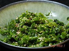 A taste of Vietnam. Seaweed Salad Recipes, Easy Salad Recipes, Healthy Dessert Recipes, Raw Food Recipes, Asian Recipes, Cooking Recipes, Ethnic Recipes, Sea Weed Recipes, No Salt Recipes