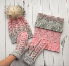 Get easy-to-understand data an Fingerless Mittens, Knit Mittens, Knitted Hats, Knitting Projects, Knitting Patterns, Knit Crochet, Crochet Hats, Scarf Hat, Knitting Accessories