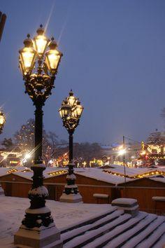 Vienna under snow http://www.travelandtransitions.com/european-travel/european-travel-top-european-river-cruise-ideas-christmas-2014/