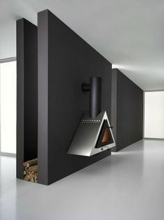 ♂ Contemporary & masculine interior design Black wall hanging stainless steel fireplace, design by Andrea Crosetta Interior Design Pictures, Black Interior Design, Interior And Exterior, Exterior Design, Minimalist Interior, Minimalist Design, Modern Minimalist, Masonry Work, Masculine Interior