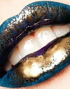 gold-blue-glossy-lip-makeup – Beauty and Make Up Pictures