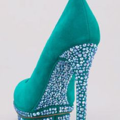 freakin' pretty shoes
