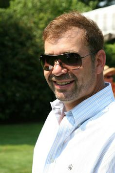 Dr Joshua Breuer
