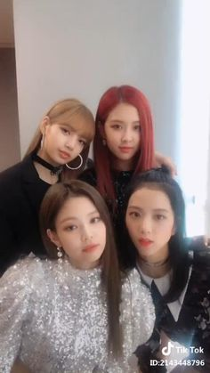 Blackpink Tik Tok They are so beautiful! Blackpink Tik Tok They are so beautiful!,Tik Tok Blackpink Tik Tok They are so beautiful! Blackpink Jisoo, Kim Jennie, Kpop Girls, Kpop Girl Groups, Mode Kpop, Lisa Blackpink Wallpaper, Black Pink Kpop, Blackpink Memes, Blackpink Photos