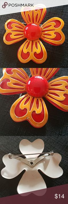 VINTAGE ENAMEL FLOWER PIN ORANGE RED A few small minimal wear spots as shown in photo  Great addition to a collection Jewelry Brooches