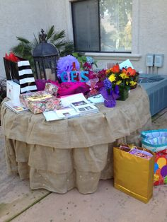 Gift table backyard party