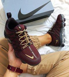 "2471fa9fba1ab Fanamss on Instagram  ""Nike Air Vapormax Run Utility 🍇  jdfemme (Ref  AQ8811 600)"