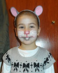 Mouse rat DIY face paint and DIY ears. Image only, no link