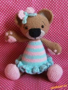 Irresistible Crochet a Doll Ideas. Radiant Crochet a Doll Ideas. Crochet Amigurumi, Crochet Teddy, Crochet Bear, Cute Crochet, Amigurumi Doll, Crochet Animals, Crochet Crafts, Crochet Toys, Crochet Projects