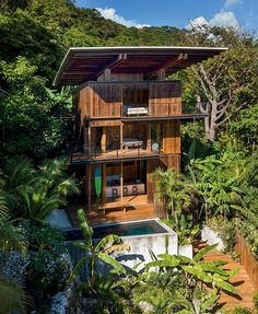 Olson Kundig's sustainable teak holiday house in Costa Rica Tropical Architecture, Sustainable Architecture, Sustainable Design, Houses In Costa Rica, Teak, Think Tank, Santa Teresa Costa Rica, Tower House, Exterior