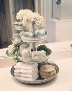Three-tier stand made of galvanized metal galvanized metal stand three DIY farmhouse bathroom hookHello beautiful beautiful morning wonderful, bathroom rules or so fresh so cleanWooden toilet paper holder box / bathroom decor / bathroom