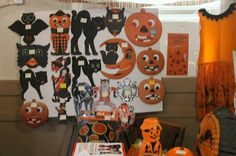 This is just a sample of some of the wonderful vintage Hallowe'en decorations that Mark Ledenbach had for sale.