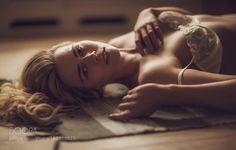 Quiet beauty by Agatz
