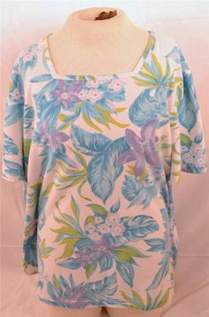 White Stag Woman's Plus Size 22W/24W Short Sleeve Floral Print Blouse