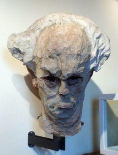 Luigi Varoli/Autoritratto in cartapesta, alt. 68 cm, per Segavecchia del 1954 (la testa faceva parte di una figura intera che rappresentava l'artista)