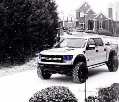 Seriously my dream truck. And then my sister is asking for one for her 16th. NO JESSI!