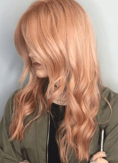 Trends 2018 Gold Rose Hair Color : 65 Rose Gold Hair Color Ideas for 2017 Rose Gold Hair Tips & Maintenance Peach Hair, Rose Gold Hair, Gray Hair, Silver Hair, Gold Hair Colors, Red Hair Color, Red Colour, Light Red Hair, Strawberry Blonde Hair Color