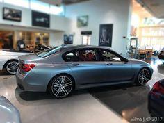 """25 kedvelés, 1 hozzászólás – VILMA J. (@vilmauniq) Instagram-hozzászólása: """"BMW 750i / FROZEN GREY METALLIC ✌🏻 •••••••••••••••••••••••••••••••••••••••••••••••• #BMW #BMW750i…"""""""