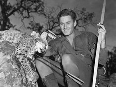 Poseidon's Underworld: Right on Target! Classic Movie Stars, Classic Movies, Hollywood Actor, Classic Hollywood, Traditional Bowhunting, Archery Training, Errol Flynn, Bow Hunting, Photo Essay